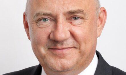 Iulian Trandafir, Președinte al Asociației Distribuitorilor și Retailerilor Farmaceutici din România (ADRFR): Doar vaccinând 70-80% din populație, vom stopa pandemia