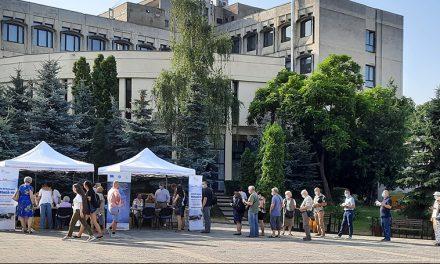Peste 300 de persoane testate pentru hepatita de tip B și C, la Iași